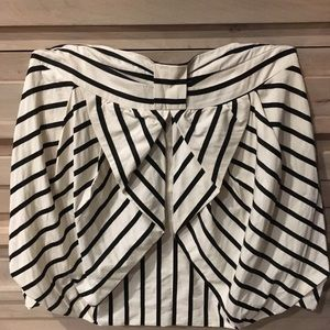 Anthropologie bow, striped bubble skirt w/pockets